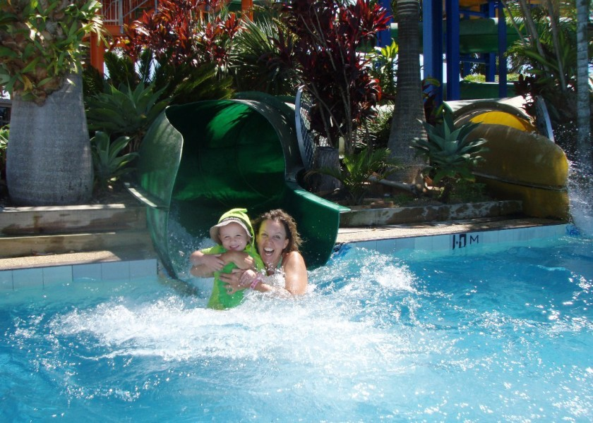 Ballina pool waterslide byron4kids - London swimming pools with slides ...