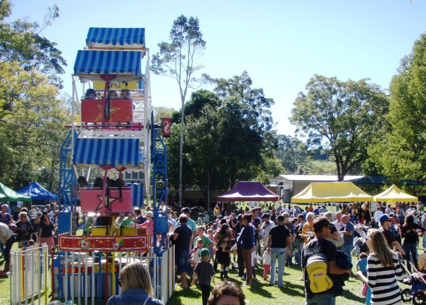 Bangalow Billy Cart Derby - Mad Hatter's Tea Party - Ferris Wheel