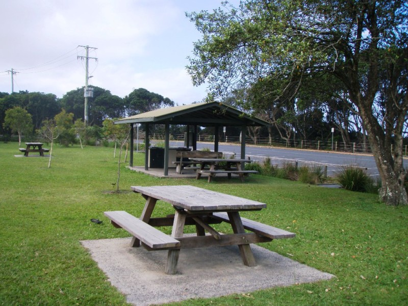 Broken Head Beach - picnic tables & barbecues