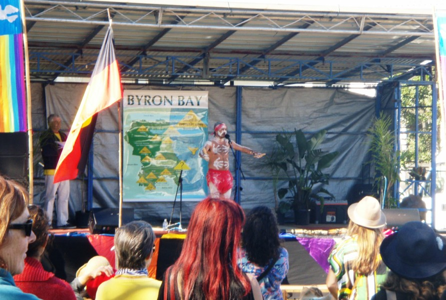 Byron Bay Beachside Market -live music