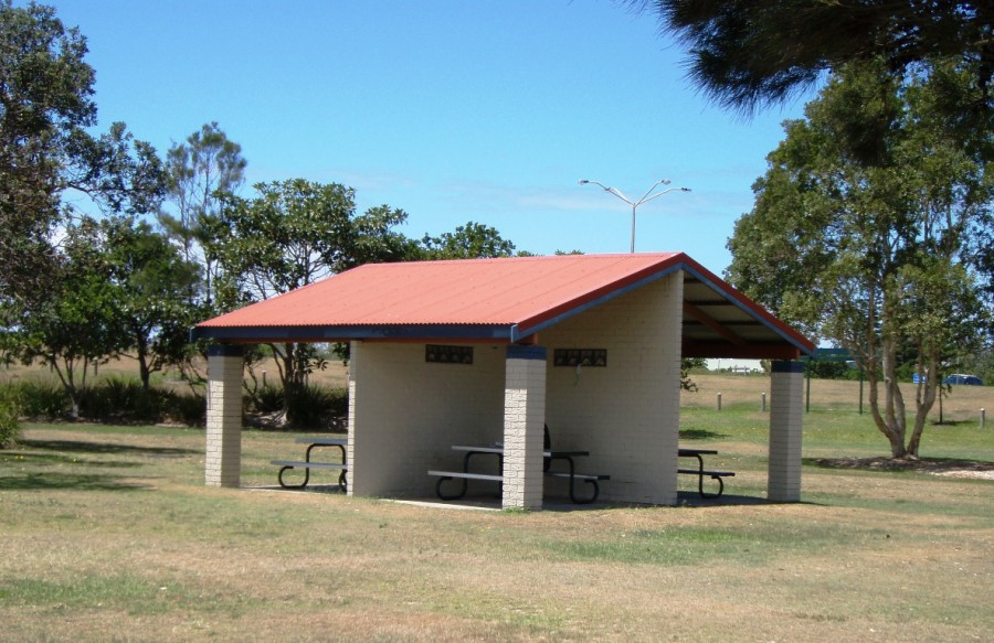 Commemoration Park, Ballina - Picnic Tables