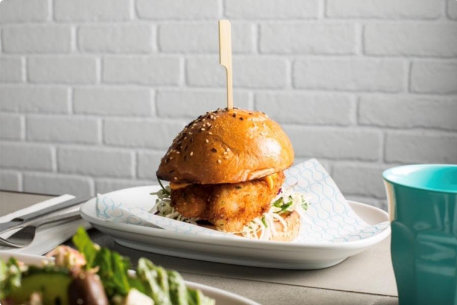 Hunky Dory Byron Bay - Fish Burger
