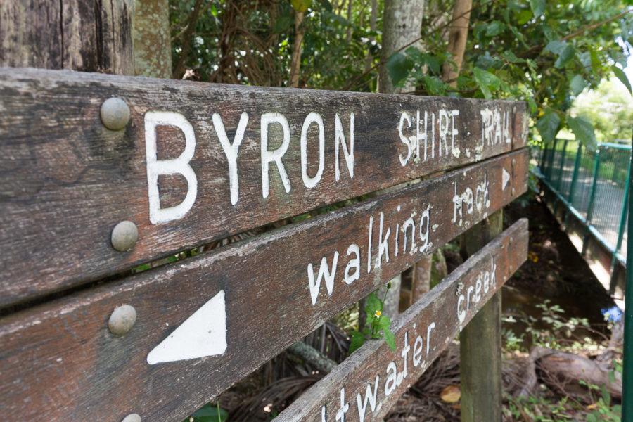 Jubilee Ave - Saltwater Creek Walking Trail Sign
