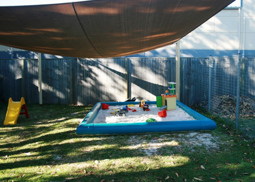 Play & Sing Playgroup - Sandpit